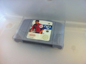 Probando, probando fundas para cartuchos y cajas de Nintendo 64
