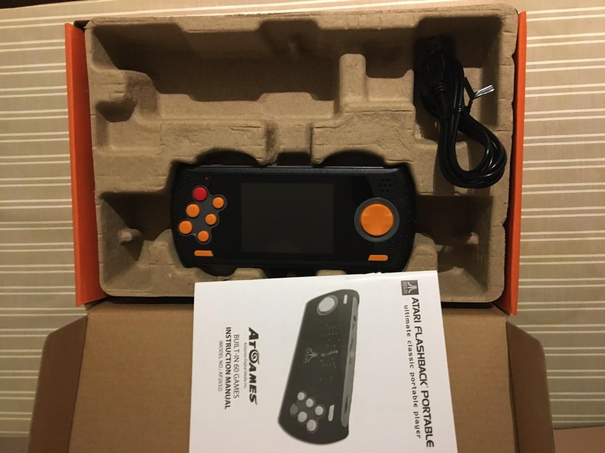 Interior Atari Flashback Portable 2016